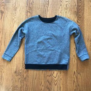Lululemon Thick Crewneck Sweatshirt. Size 6.